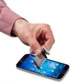 """Подставка-брелок для мобильного телефона """"GoGo""""с губкой для чистки экрана, белый"""