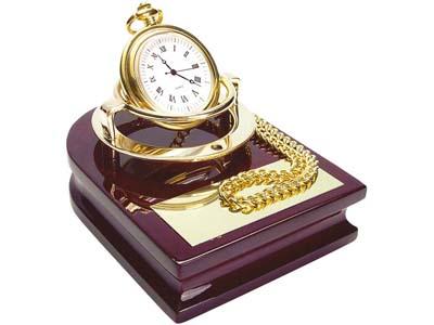 Часы «Магистр» на деревянной подставке с цепочкой для ношения в кармане