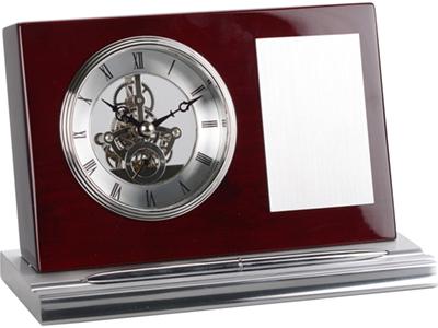 Часы настольные с шильдом