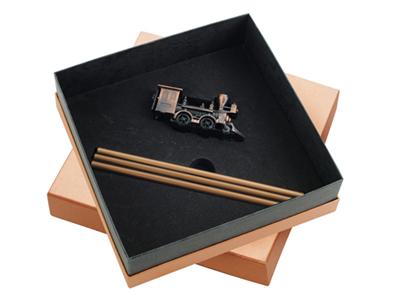 Набор «Локомотив»: точилка для карандашей, 3 карандаша в подарочной упаковке, арт. 000536803