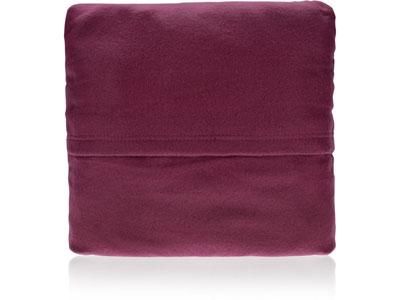 Плед с рукавами, складывающийся в подушку