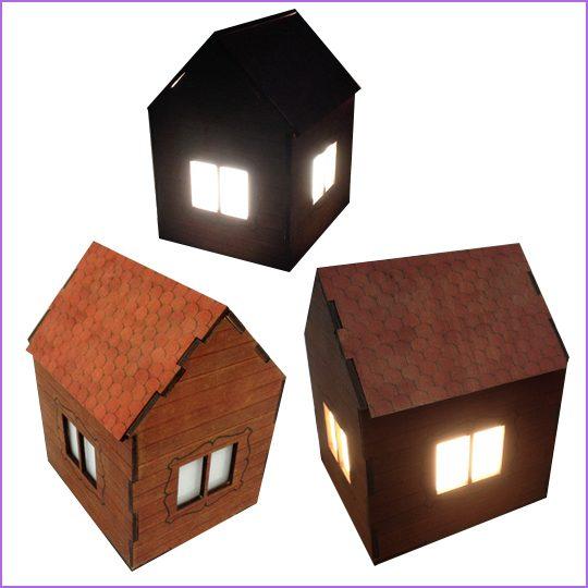 """Ночник """"домик"""". Материал: фанера 4 мм, лазерная резка, тонирование древесины."""