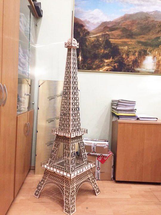 Макет Эйфелевой башни. Материал: фанера 4 мм, лазерная резка