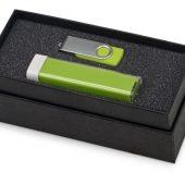 Подарочный набор Flashbank с флешкой и зарядным устройством, зеленый, арт. 016347903